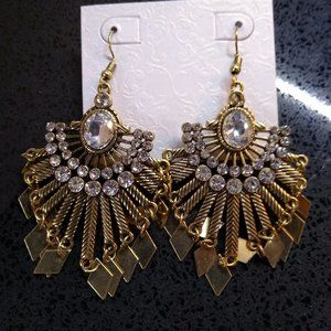 Fan Spread Golden and Clear Dangle Ear Rings